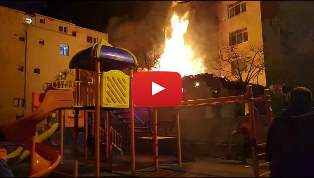 Başakşehir Kayabaşı Mahallesi'nde korkutan yangın video! İZLE