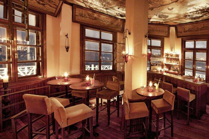 Romantik akşam yemeği mekanları İstanbul Kız Kulesi Restaurant