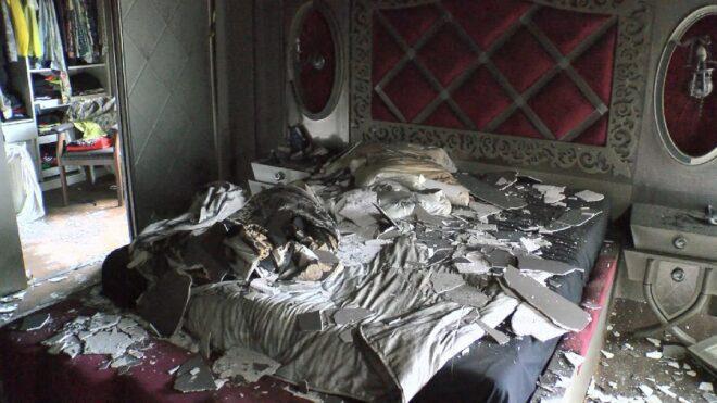 Evi yanan Çılgın Sedat'a haciz gönderen Evkur'un başı Demet Akalın'la dertte