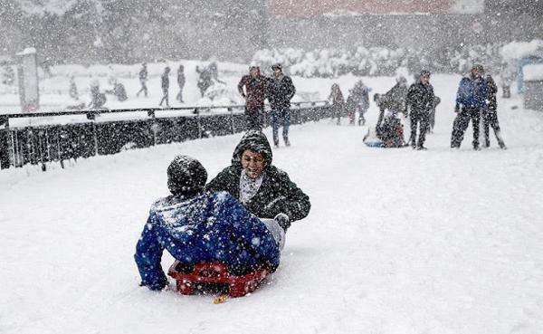 İstanbul Valiliği'nden 'kar tatili' açıklaması