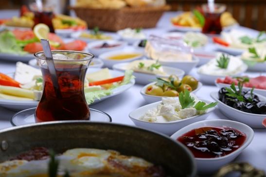 Kahvaltı Mekanları Serpme Kahvaltı Başakşehir İstanbul