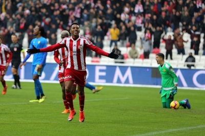 Başakşehir Transfer: Robson De Souza Robinho, Medipol Başakşehir'de!