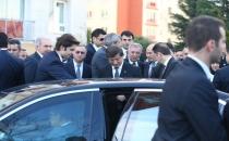 Davutoğlu, şehit savcının ailesine taziye için Başakşehir'de